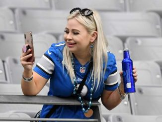 Bud Light Unveils Brand New Lions-Themed Can for 2021 Season [LOOK]